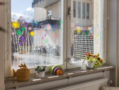 Måla på fönster med poscapennor