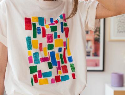 Måla och brodera på en t-shirt - Upcycle Dnilva