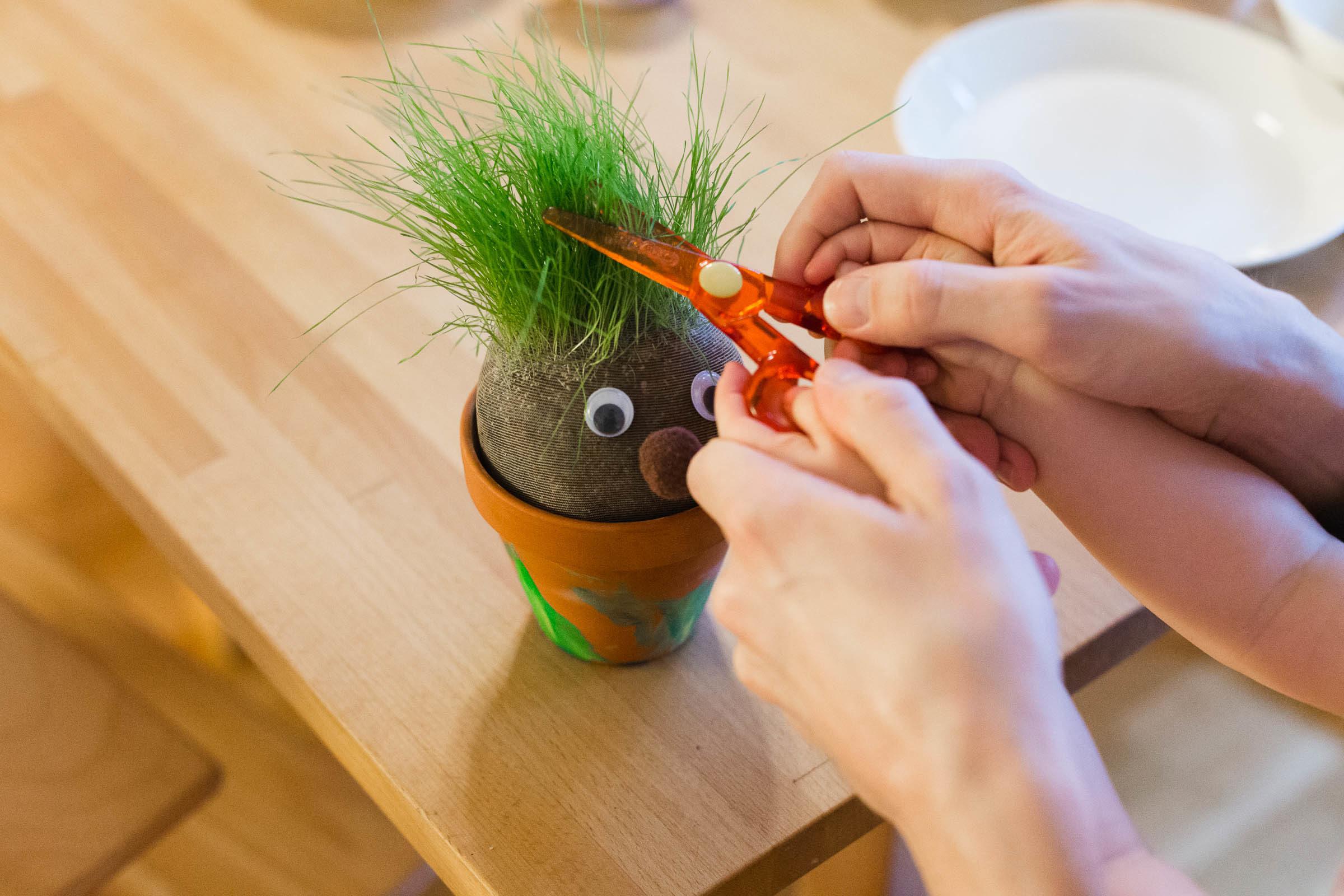 Pyssla med barnen - Gör en gräsgubbe