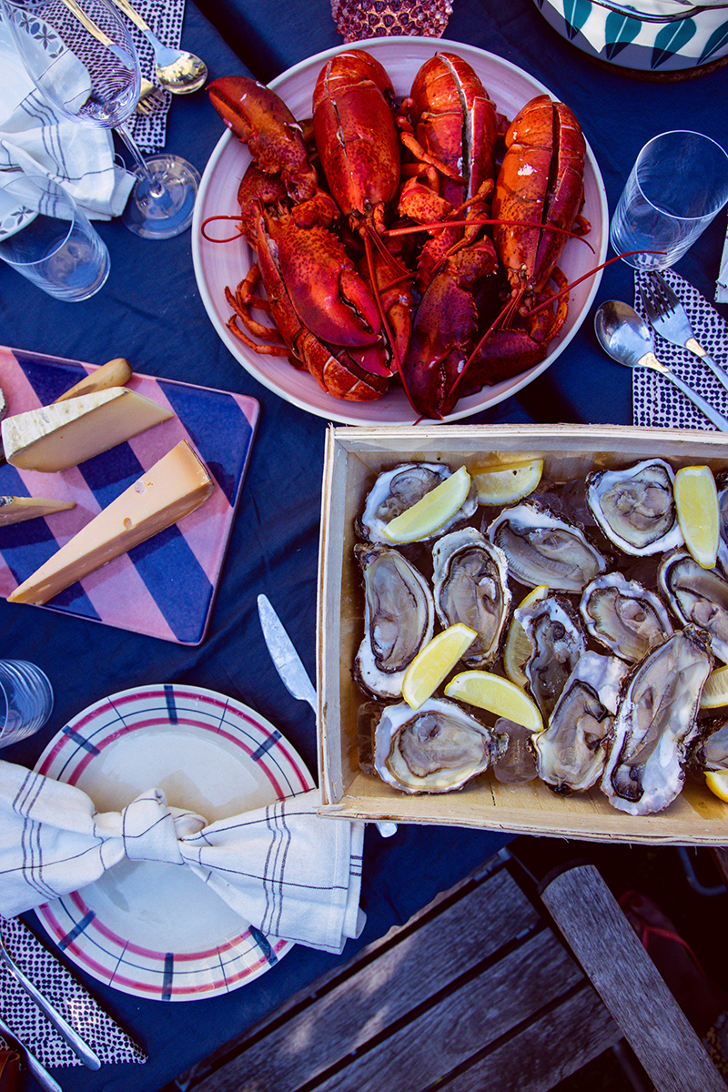 Färgstark sensommarfest, skaldjur och sommarhejdå