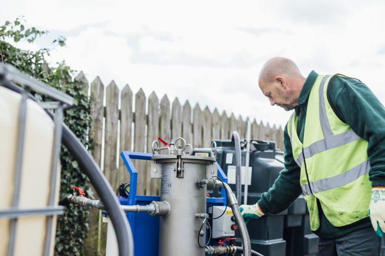 boiler-set-up-man-inspecting