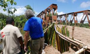 Media Image : Madagascar Bridge