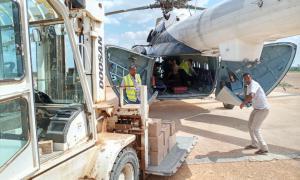 Media Image : somalia_-_unhas_heli_-_floods_13.jpg