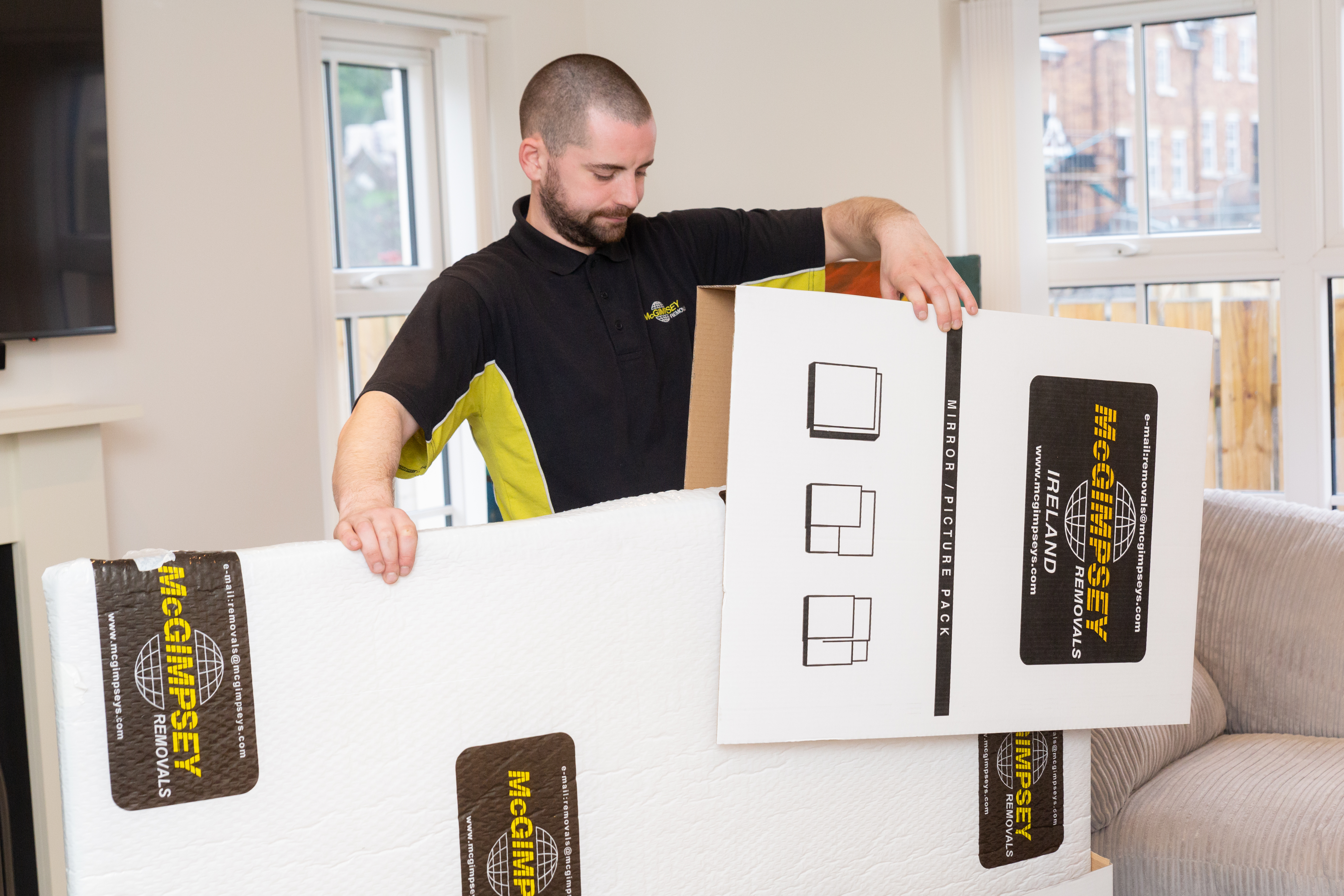 Thumbnail Image for Experts in overseas moving