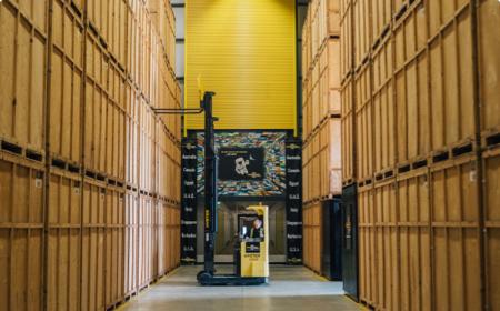 Furniture storage pillar