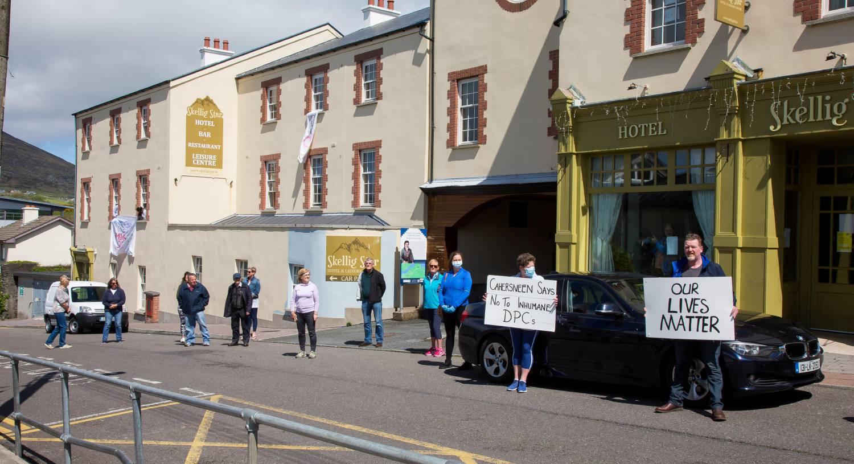 Limerick to Cahersiveen - 3 ways to travel via train, bus, and car