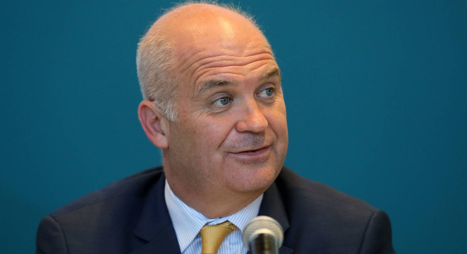 Tony Holohan steps down from CMO duties to care for ill wife