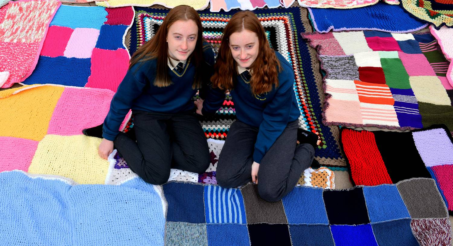 Students and elderly in Cork knit together to provide 'Blankets of Hope' to cancer patients
