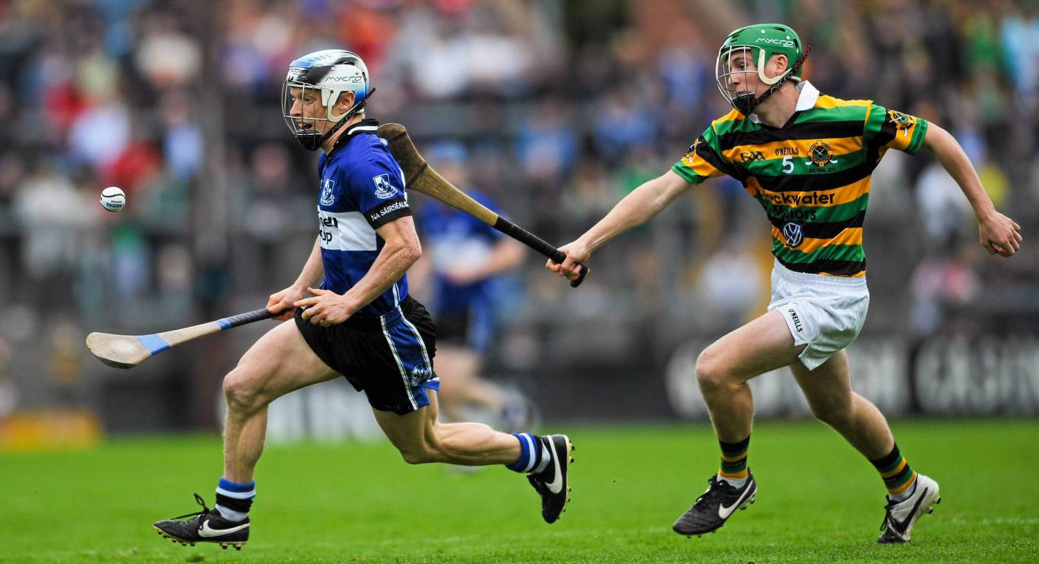 "Eoin O'Sullivan, Sarsfields, in action against David Dooling, Glen Rovers. Illness has not diminished O'Sullivan's commitment to hurling: ""A game is still the biggest thing in the world to me,"" he says. <span class=""contextmenu emphasis CaptionCredit"">Picture: Eoin Noonan/SPORTSFILE</span>"