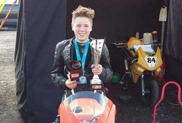 Swindon rider Pinson secures amazing treble at Donnington Park