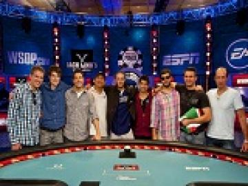 WSOP 2012 Main Event : La Table Finale de l'October Nine sans Gaëlle Baumann