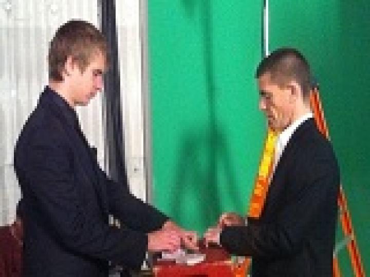 Viktor «Isildur1» Blom, Gus Hansen et Tom Dwan jouent au poker chinois