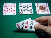 Le jeu avec 20BB en PLO : Les sur-relances inexploitables au flop