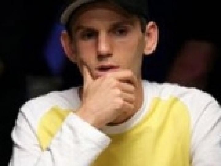Venez affronter les bots poker d'Allen Cunningham