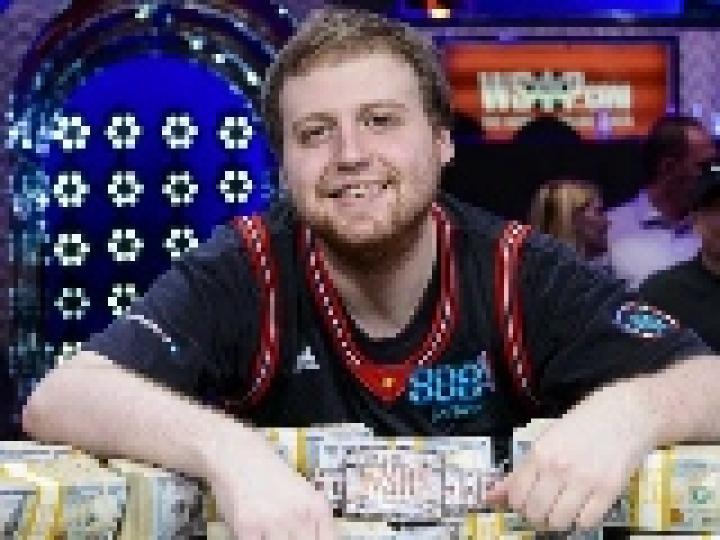 Joe McKeehen remporte le Main Event des WSOP