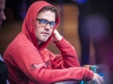 Main de légende #1 : Le héro fold de James Obst aux WSOP