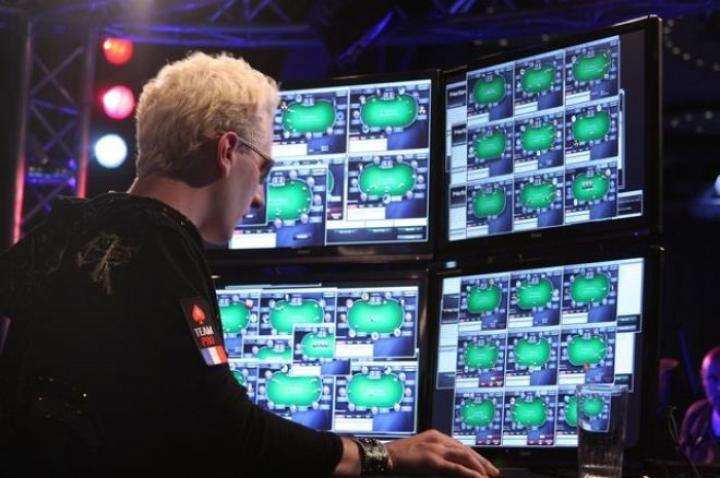 Tout ce que vous devriez savoir sur les joueurs de poker en ligne, durant et hors confinement.