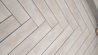 Millboard Enhanced Grain Smoked Oak 2