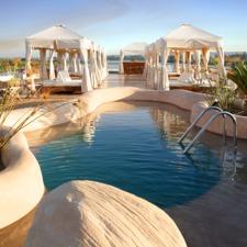Sanctuary Sun Boat III Pool