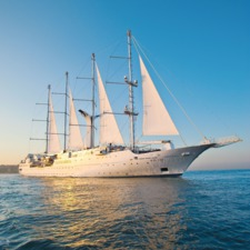 Windstar Cruises - Wind Star at sea