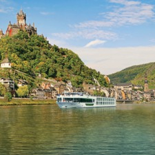 Scenic Opal on the Moselle river