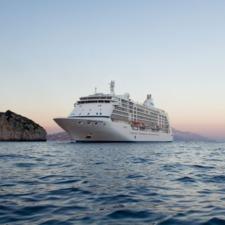 Regent Seven Seas Voyager in Capri
