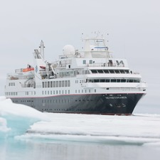 Silver Explorer in the Arctic