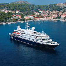 SeaDream II in Hvar, Croatia