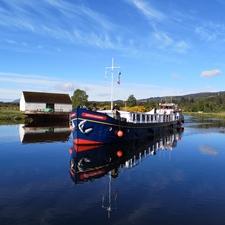 European Waterways - Scottish Highlander