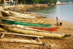 Boats on the beach in São Tomé