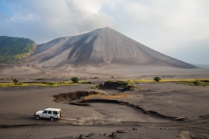 Mount Yasur volcano on the island of Tanna, Vanuatu