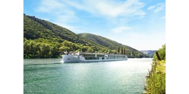 Crystal Ravel river cruise review