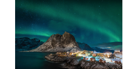The Northern Lights in Norway, a great choice for a short haul expedition cruise