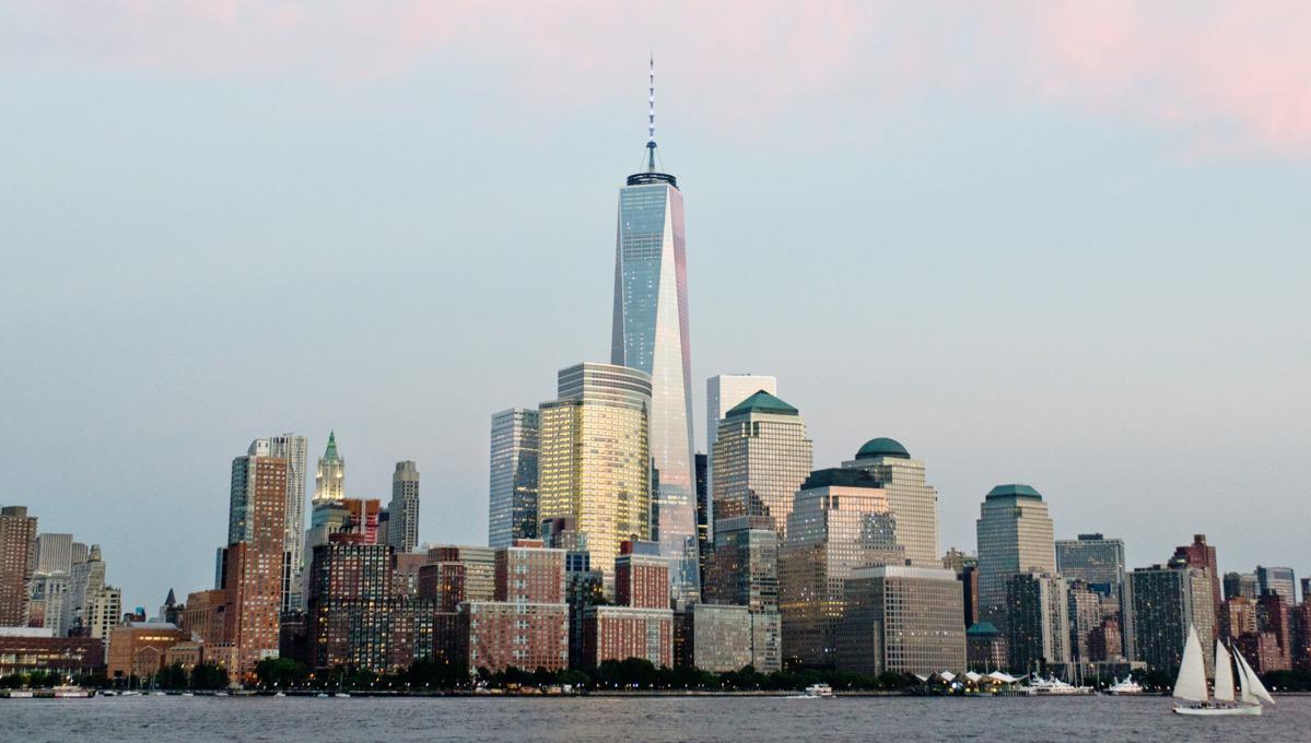 lower manhattan skyline new york