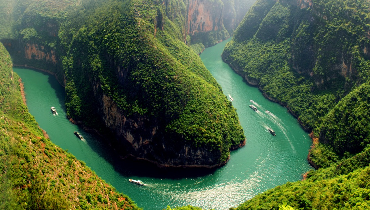 Sanctuary Yangzi Explorer aerial view