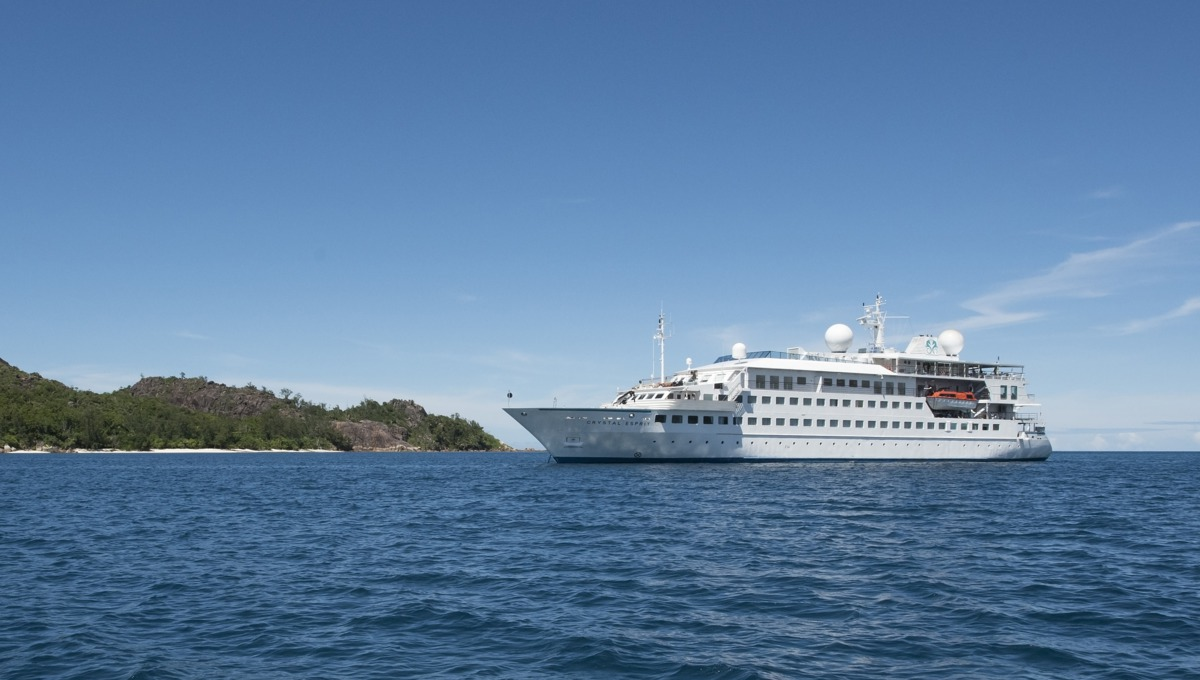 Photo of Crystal Esprit at sea