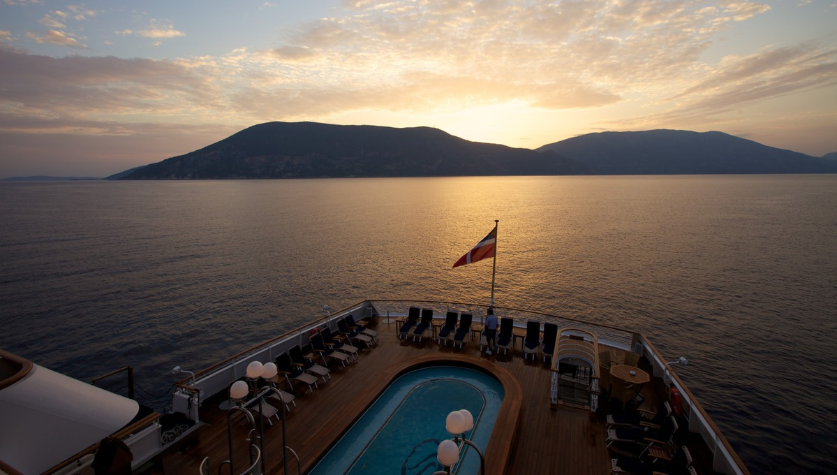 SeaDream Yacht Club wine voyages - Sunset