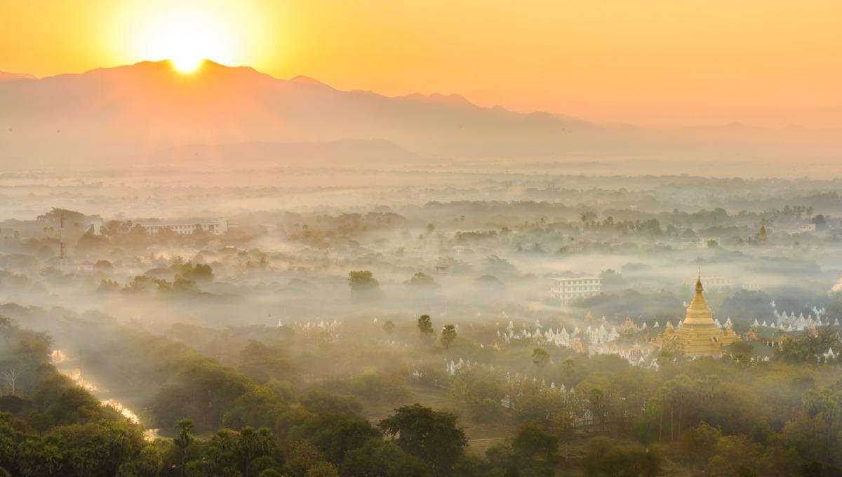 Myanmar & Ayeyarwady river cruise guide: Sunrise over Mandalay
