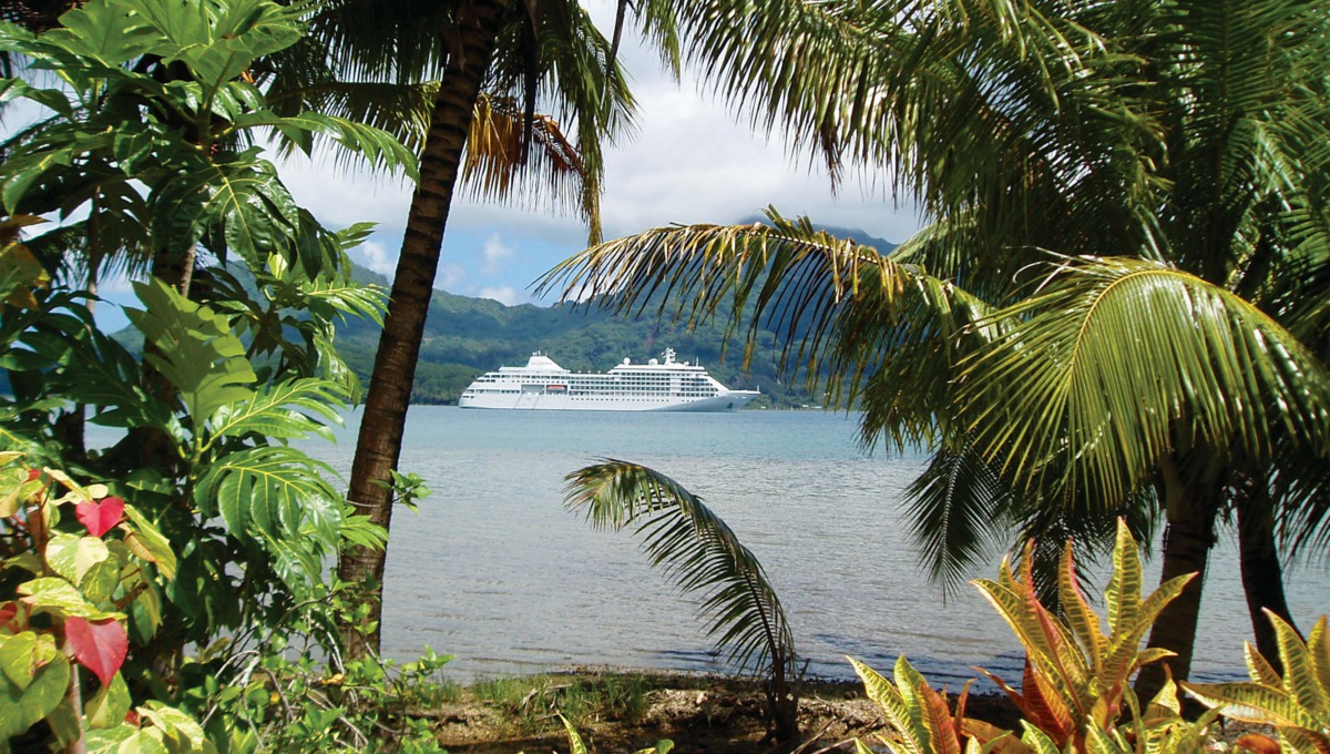 Silver Shadow & Silver Whisper in Tahiti