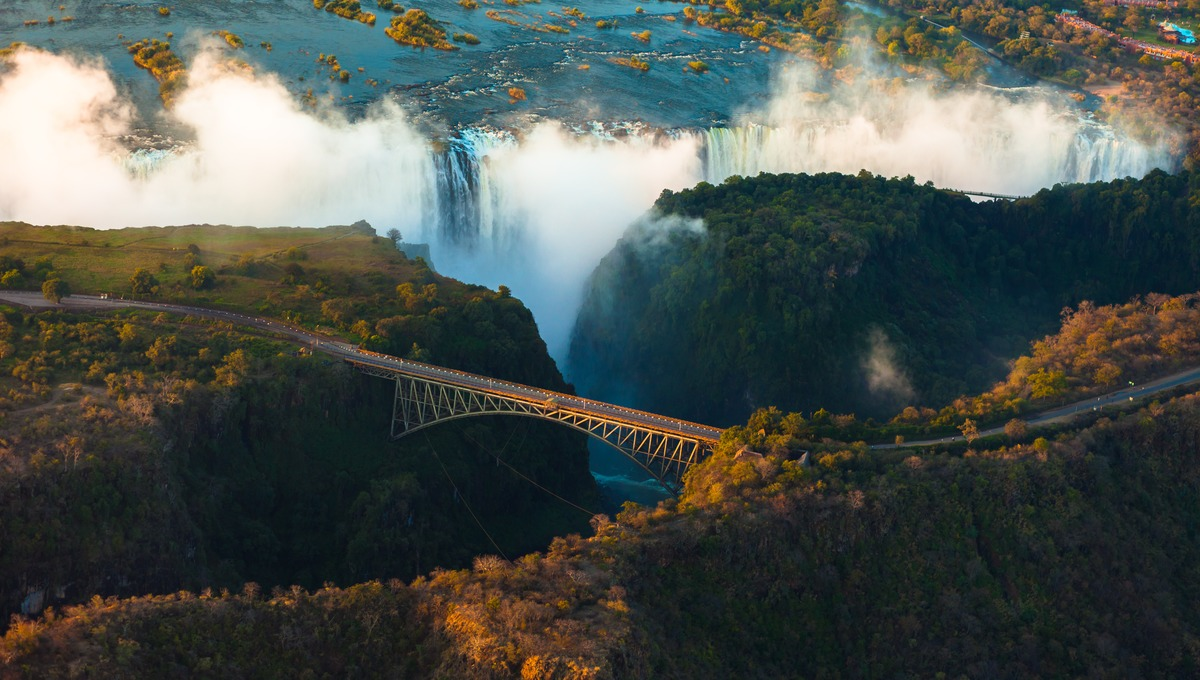 Zambezi river cruises - Victoria Falls