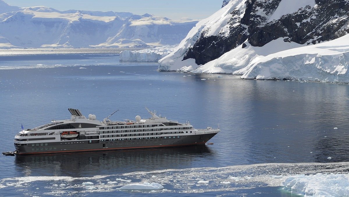 Ponant - Antarctica expedition cruise