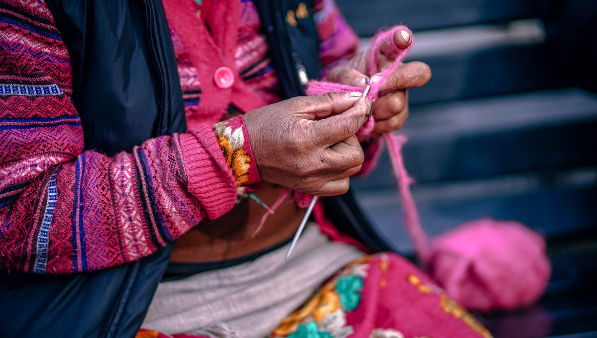 Central & South America cruises - Peruvian woman knitting