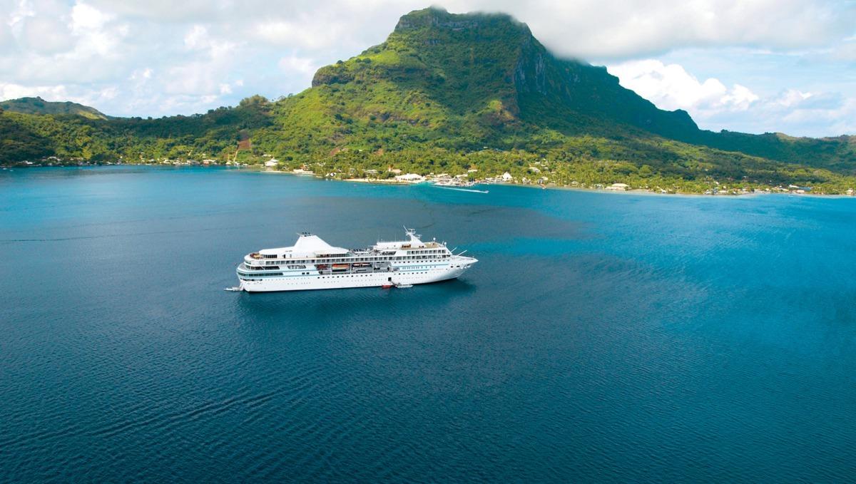 Paul Gauguin Cruises Tahiti