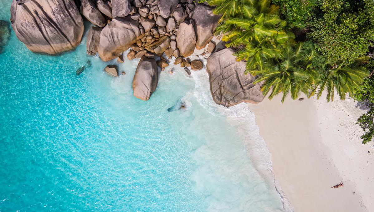 Africa, Arabia & Indian Ocean cruises - Beach in the Seychelles