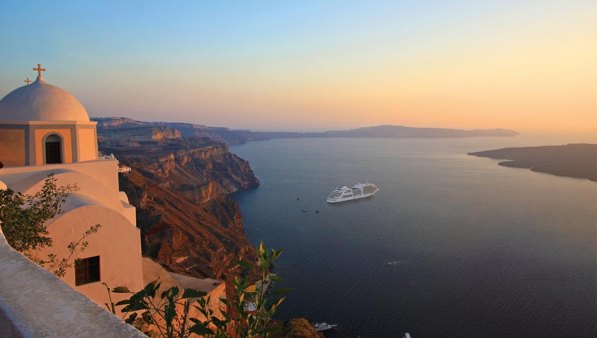 Silversea Cruises - Silver Spirit in Santorini