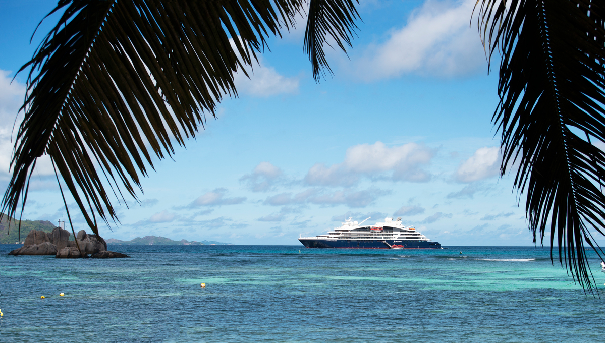 Ponant Explorers - Le Lapérouse in the Seychelles