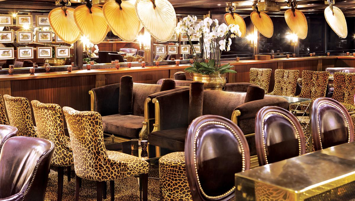 Uniworld - S.S. Antoinette - Bar du Leopard