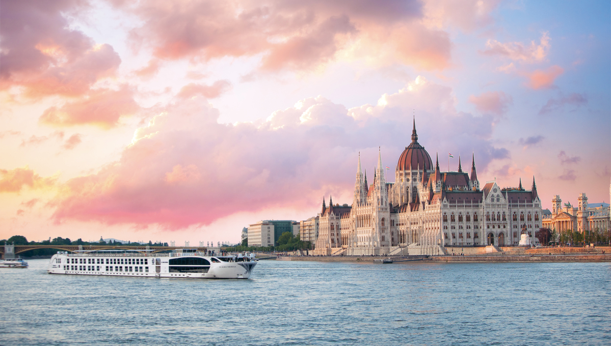 Uniworld - SS Maria Theresa in Budapest