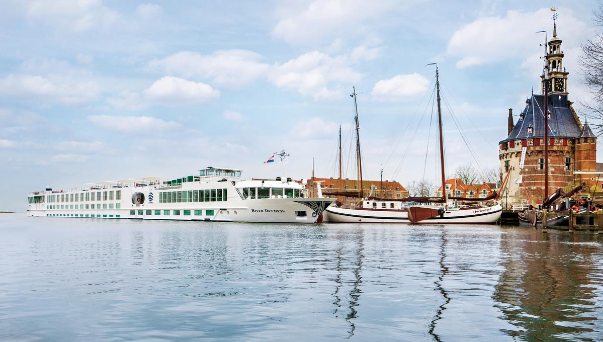Uniworld - River Duchess in Hoorn