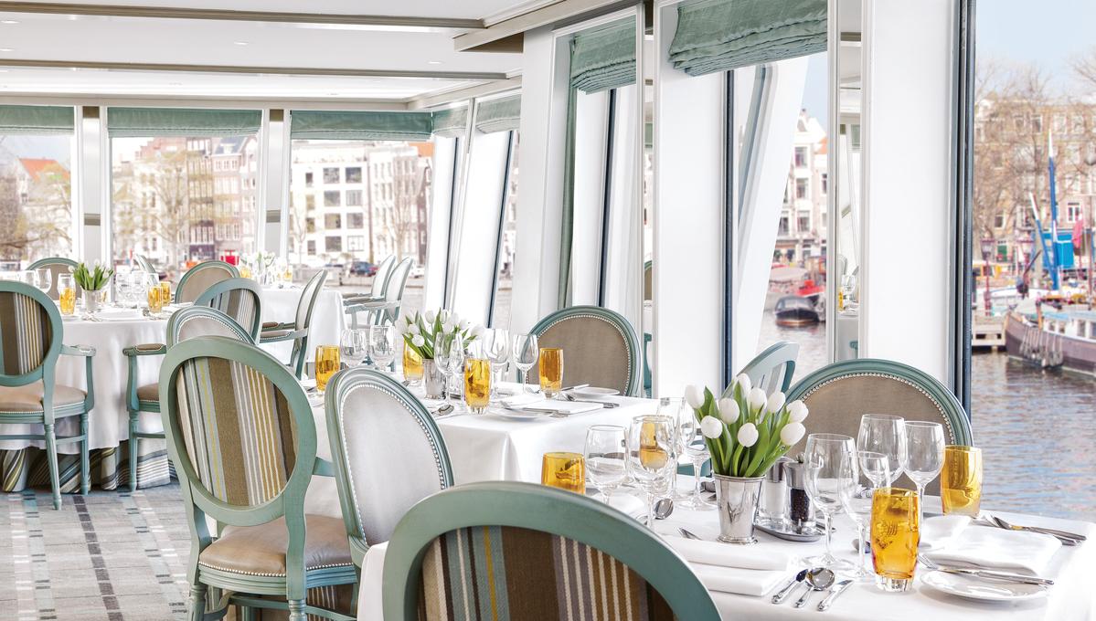 Uniworld - River Duchess - Palace restaurant